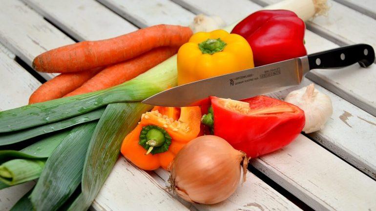 Nakladaná zelenina v soli