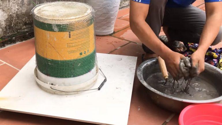 Video: Ako vyrobiť kvetináč zo starých handier