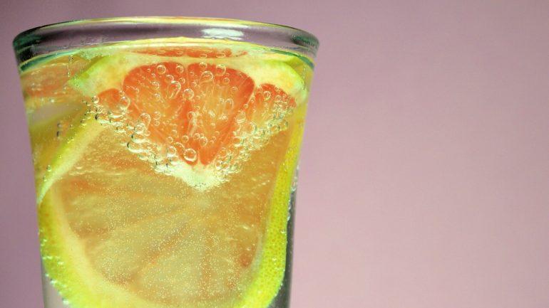 citrónová voda a jej účinky na naše zdravie