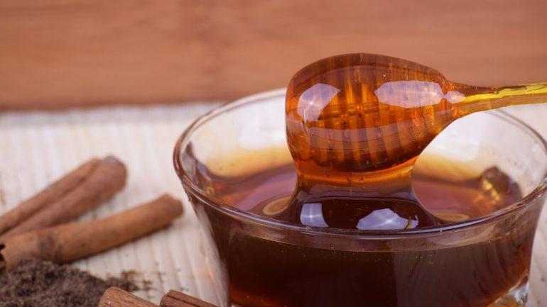 recepty z medu a škorice