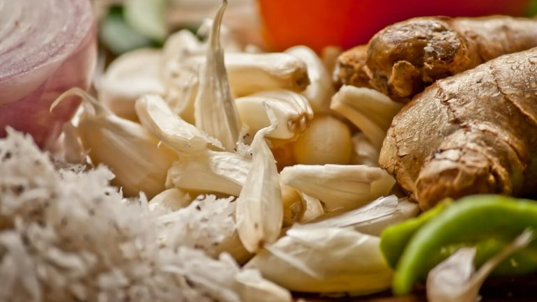 Nápoj z piatich prírodných zložiek ktoré zabíjajú infekciu vo vašom tele