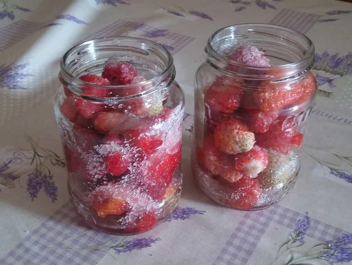 jahody vo vlastnej šťave