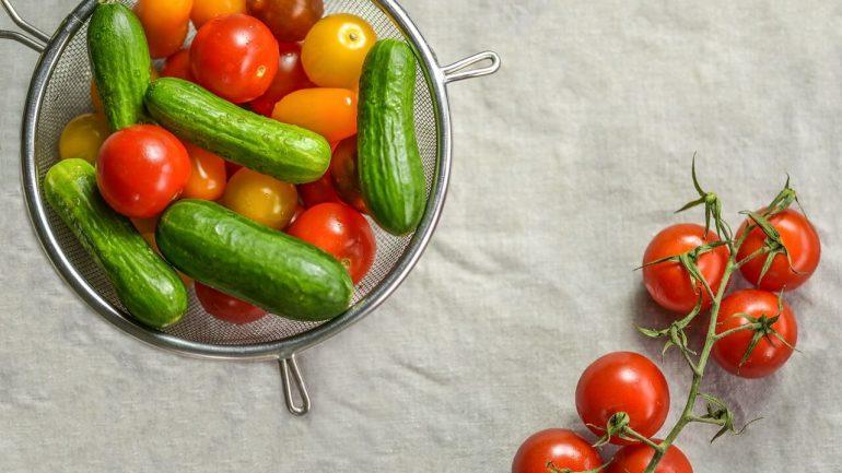 paradajky, uhorky, zelenina