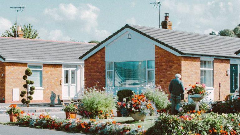 Ako riešiť záhradu v prípade radovej výstavby?