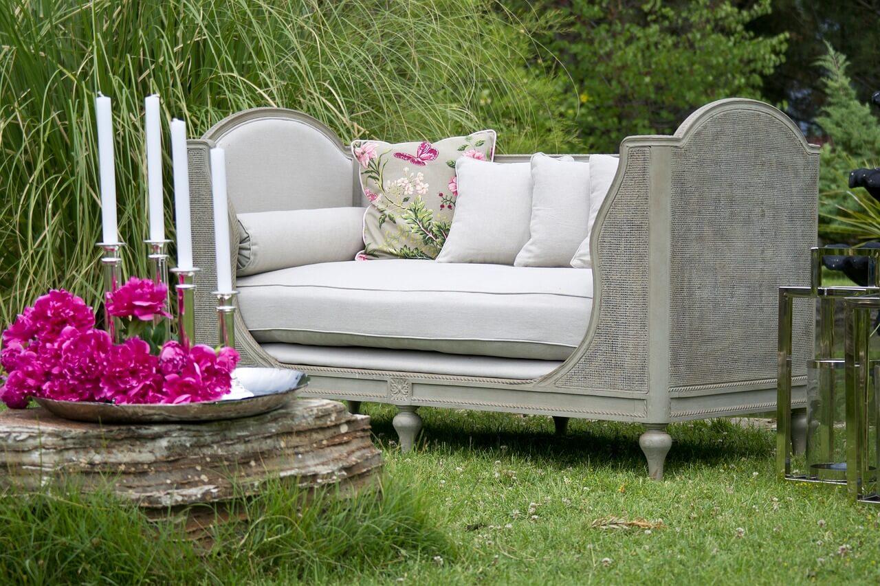 záhradný nábytok, dovolenka doma