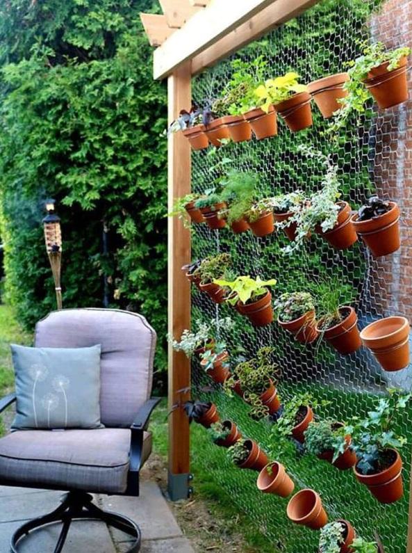 črepníkový plot