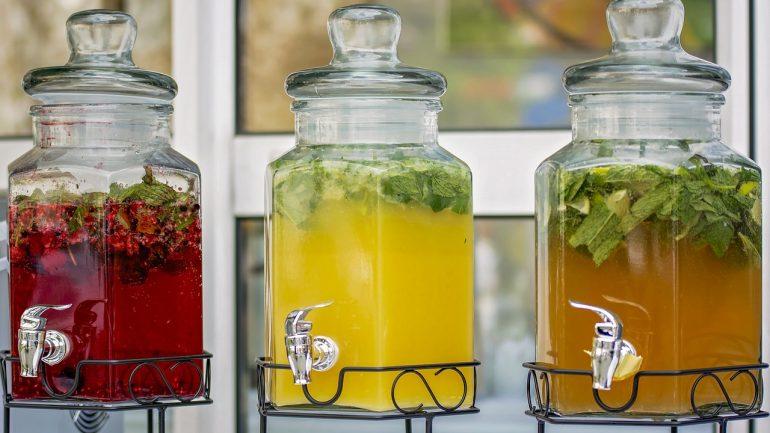 Recepty na nápoje z vašej záhrady