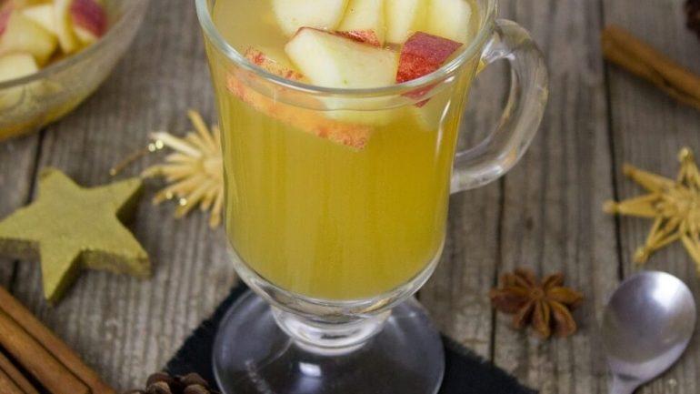 Horúce jablkové nápoje, ktoré zahrejú