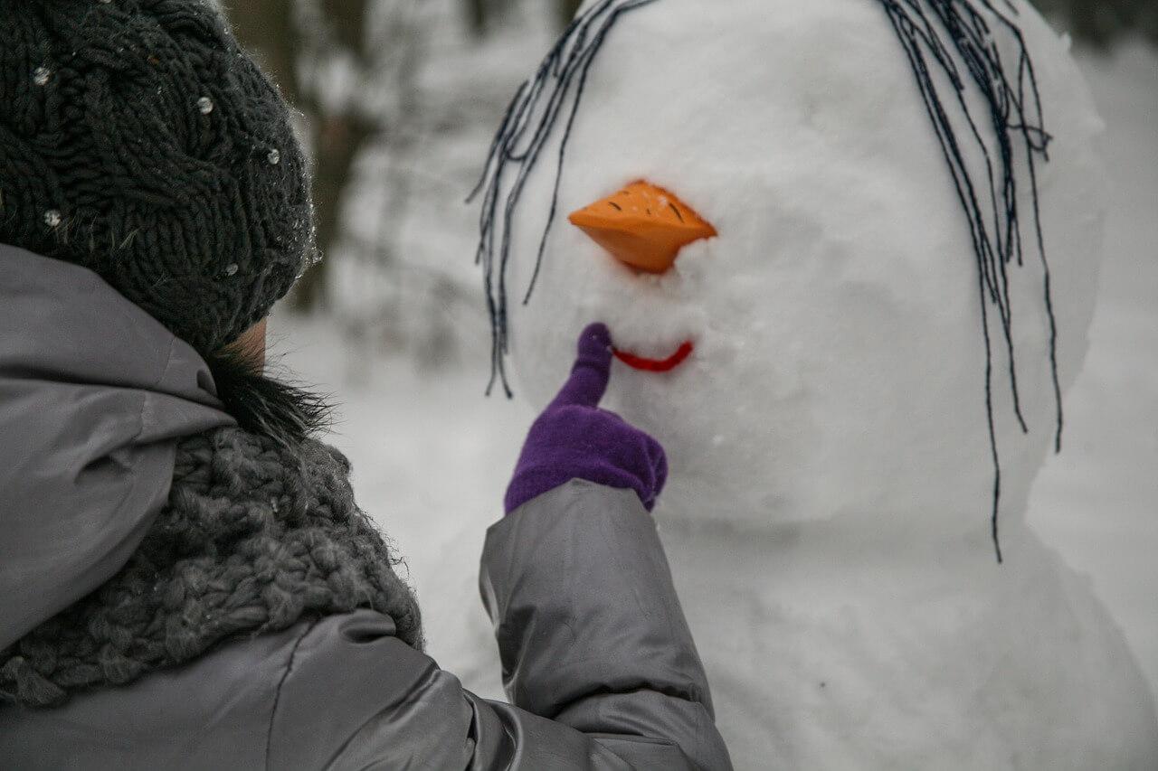 akého snehuliaka postaviť na záhrade