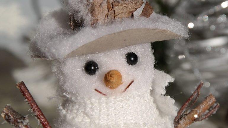 Magický sneh: Vyrobte ho pre vaše deti a užite si množstvo zábavy!