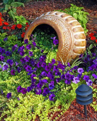 Vyliate kvetináče - krásne záhradné inšpirácie