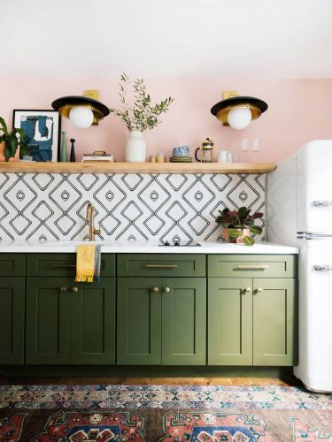 Tieto svetlá dodajú vašej kuchyni to správne teplo.