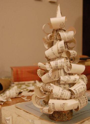Stromček z papiera