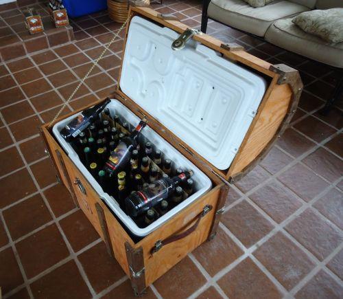Chladnička z truhlice