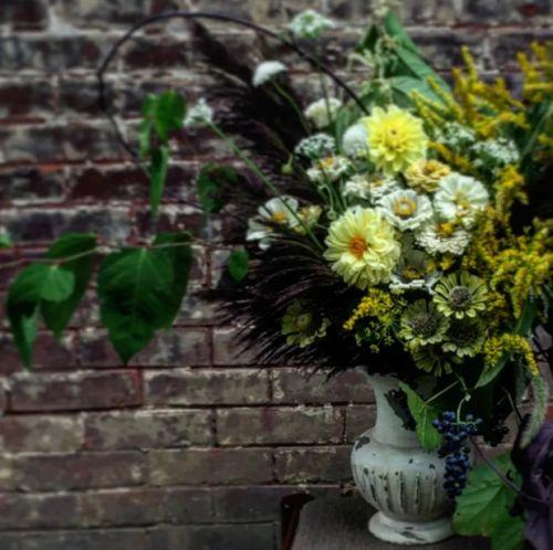 Na aranžovanie poslúži aj stará váza